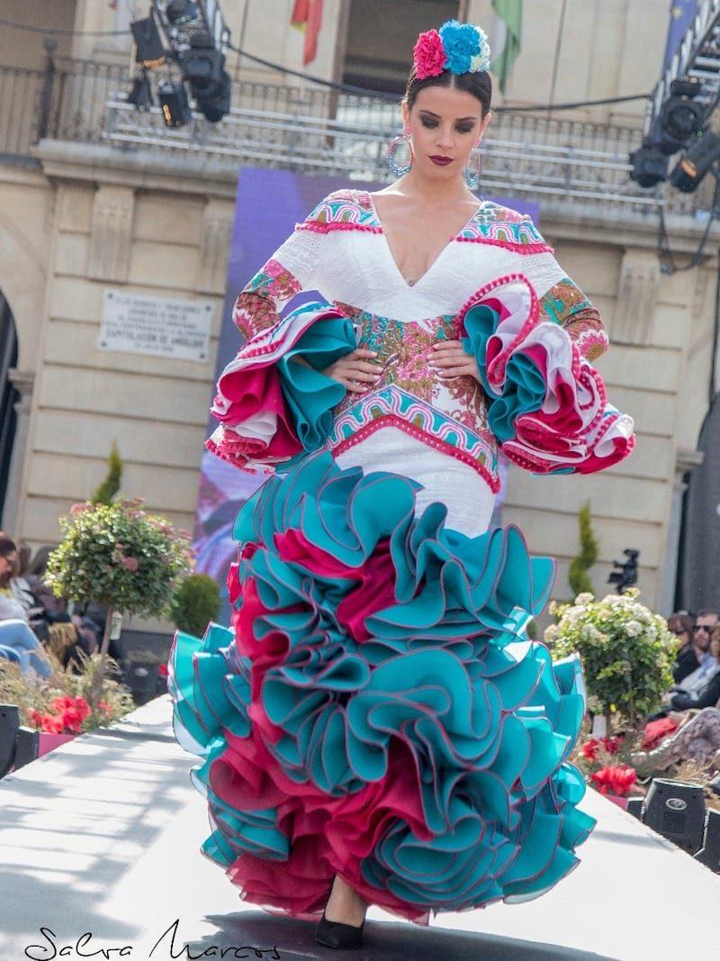 traje de flamenca con estampado etnico