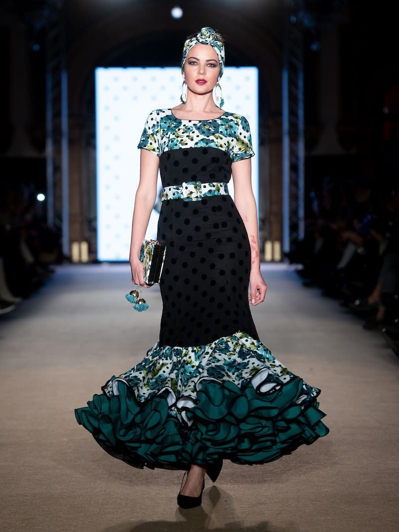 Vestido de flamenca lunares terciopelo
