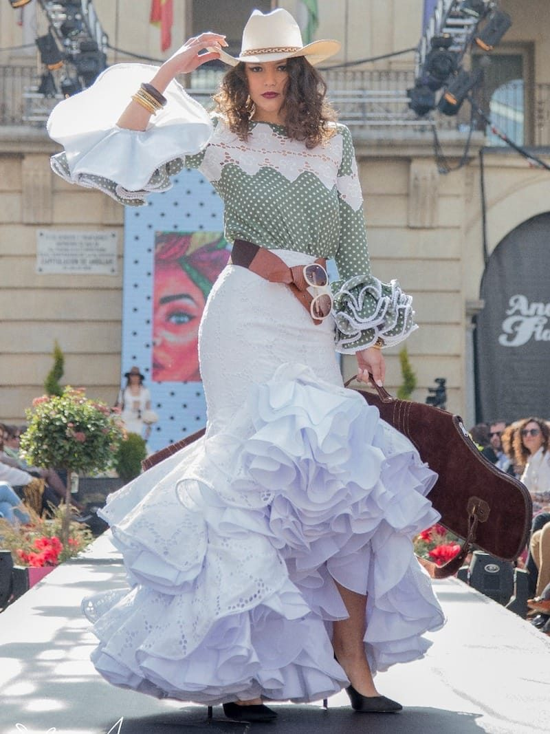 blusa de flamenca con volantes
