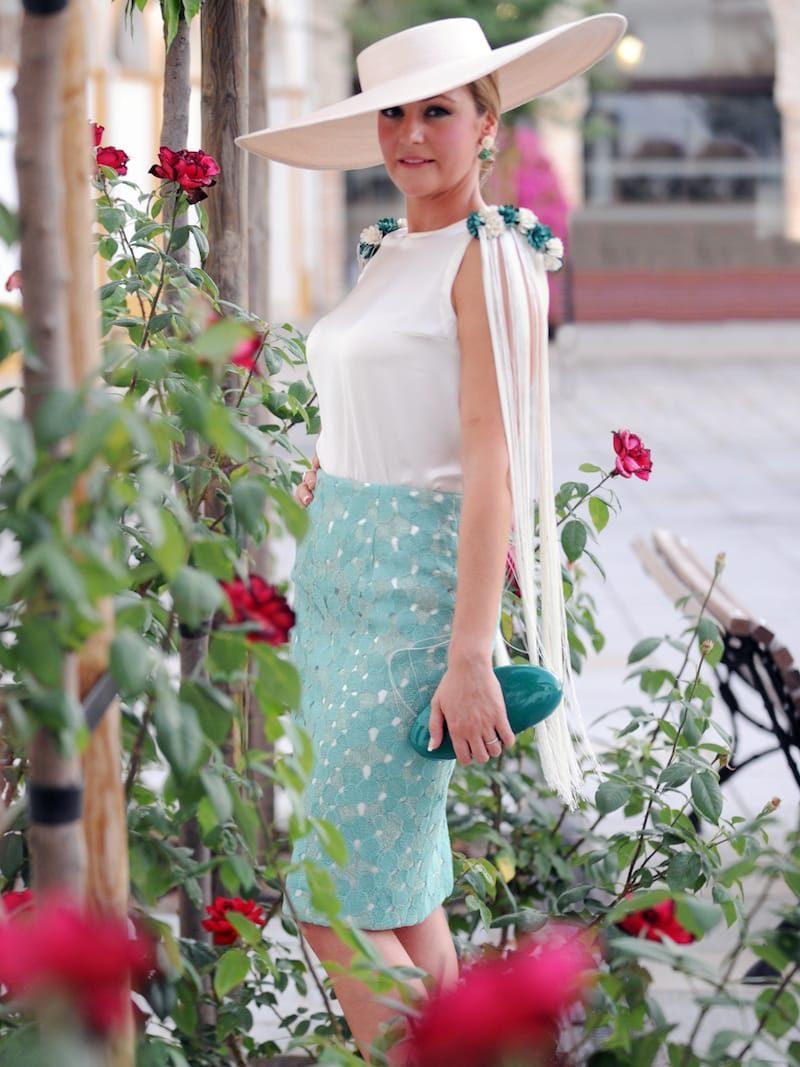 blusa hombreras de flores