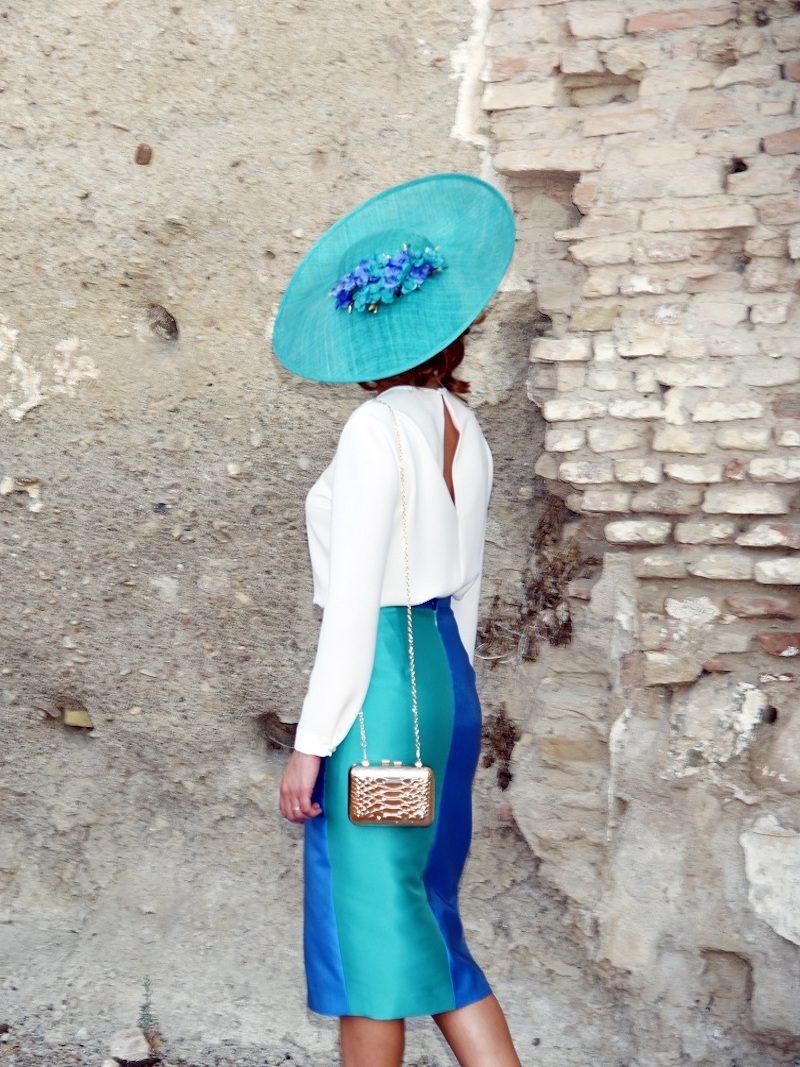 falda bicolor botones