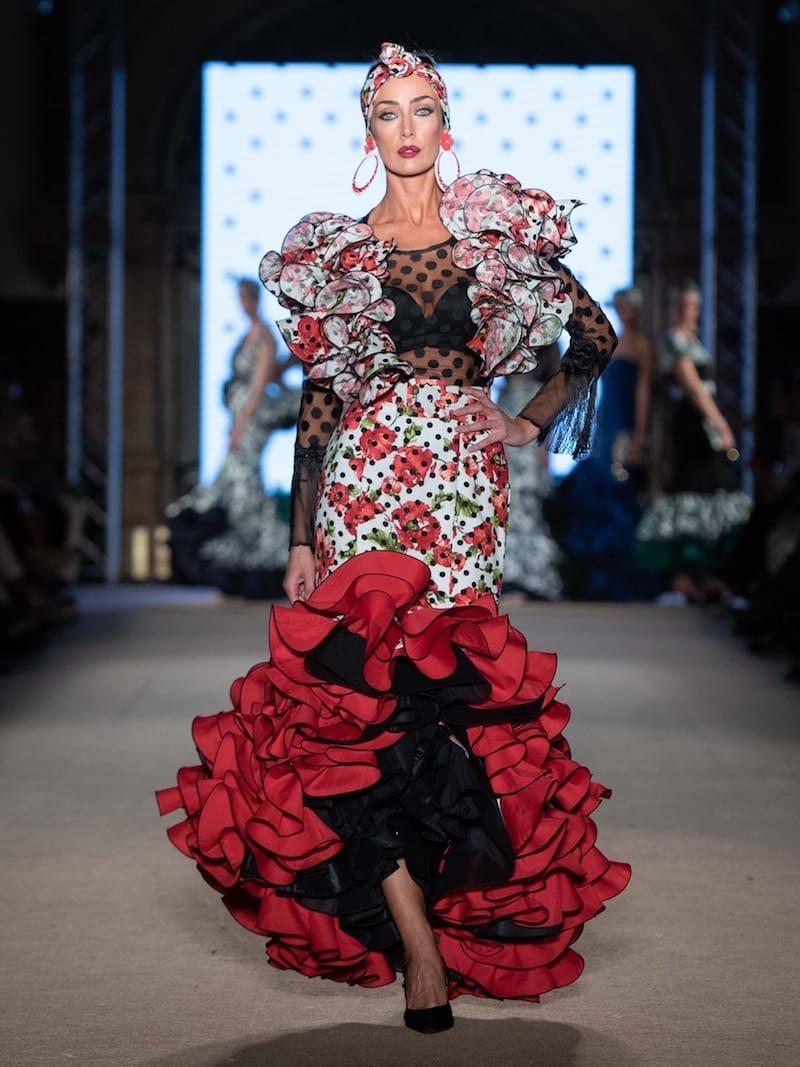 falda de flamenca volantes de clavel