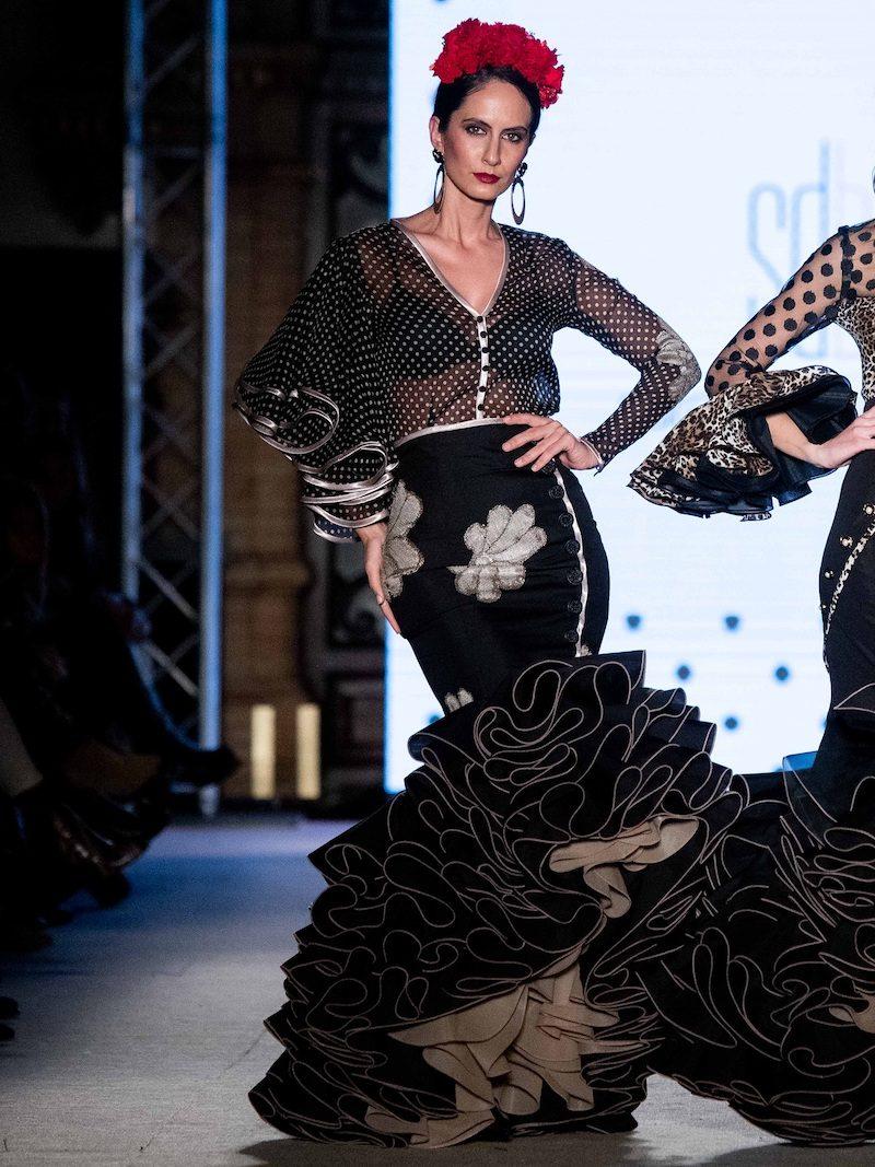 flamenca falda negra