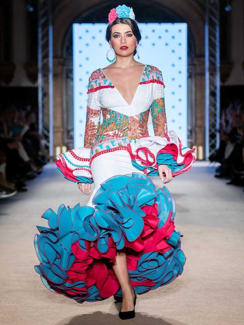 Traje de flamenca con estampado étnico
