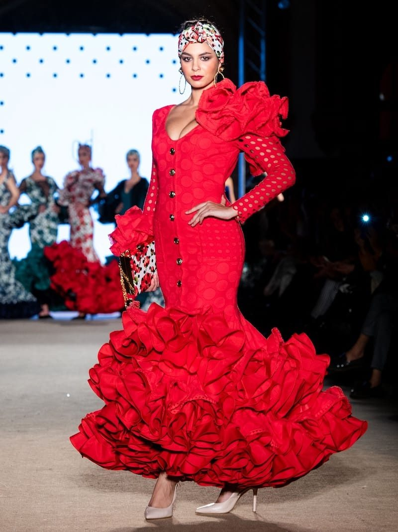 traje de flamenca de diseño rojo