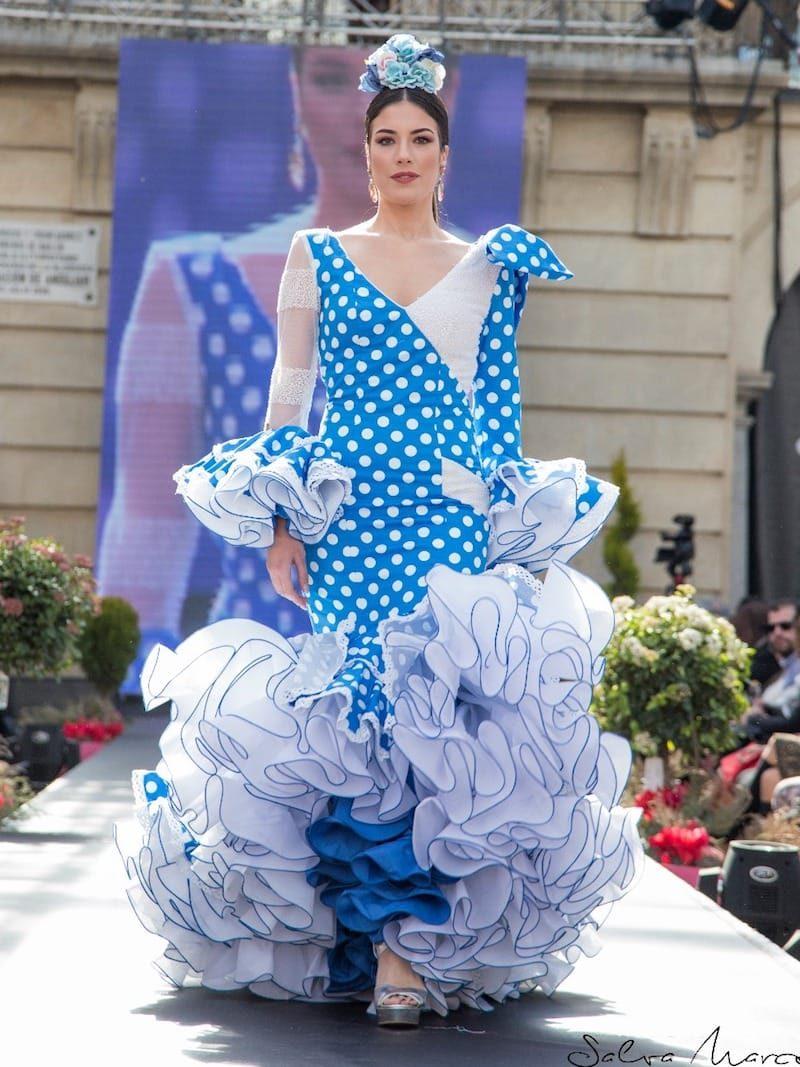 vestido de flamenca de licra de lunares