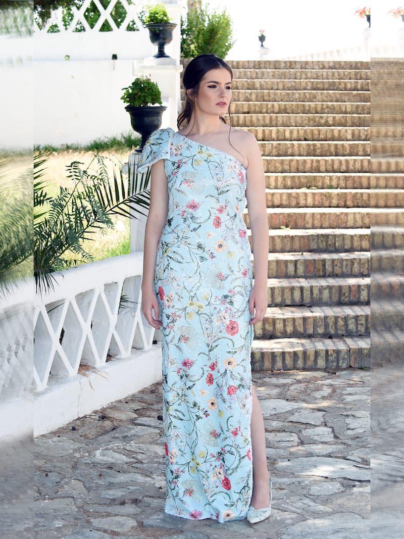 vestido reforzado con ballenas