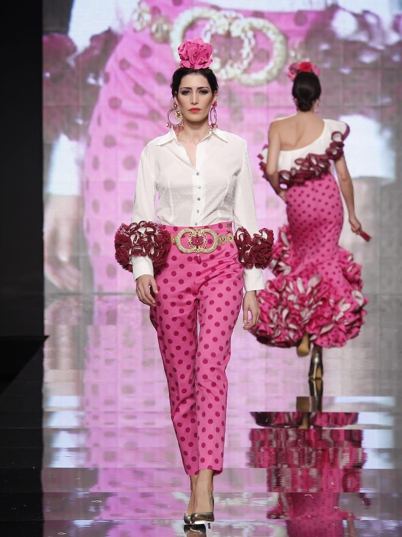 Blusa de flamenca de batista con puños anchos