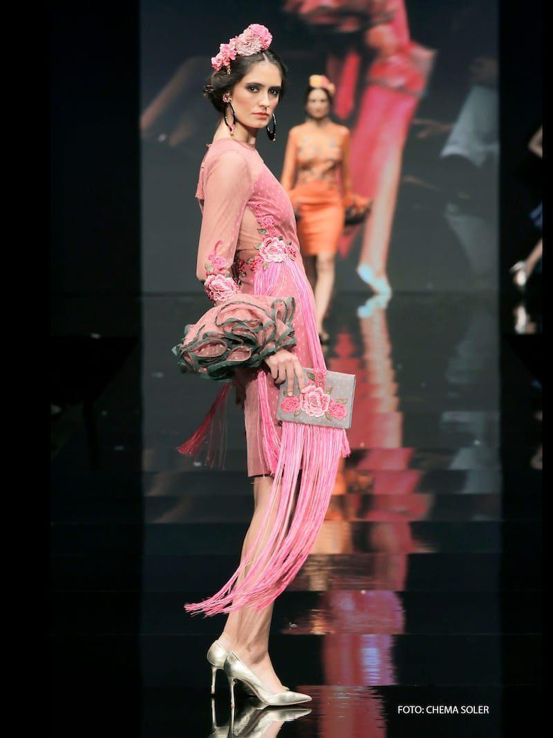 Vestido coctail de tul de plumeti rosa