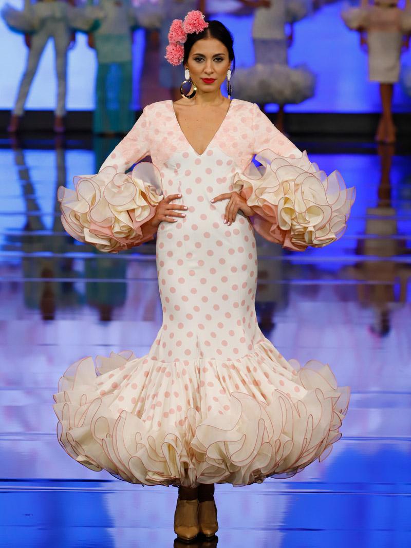 Traje de flamenca blondas rosita