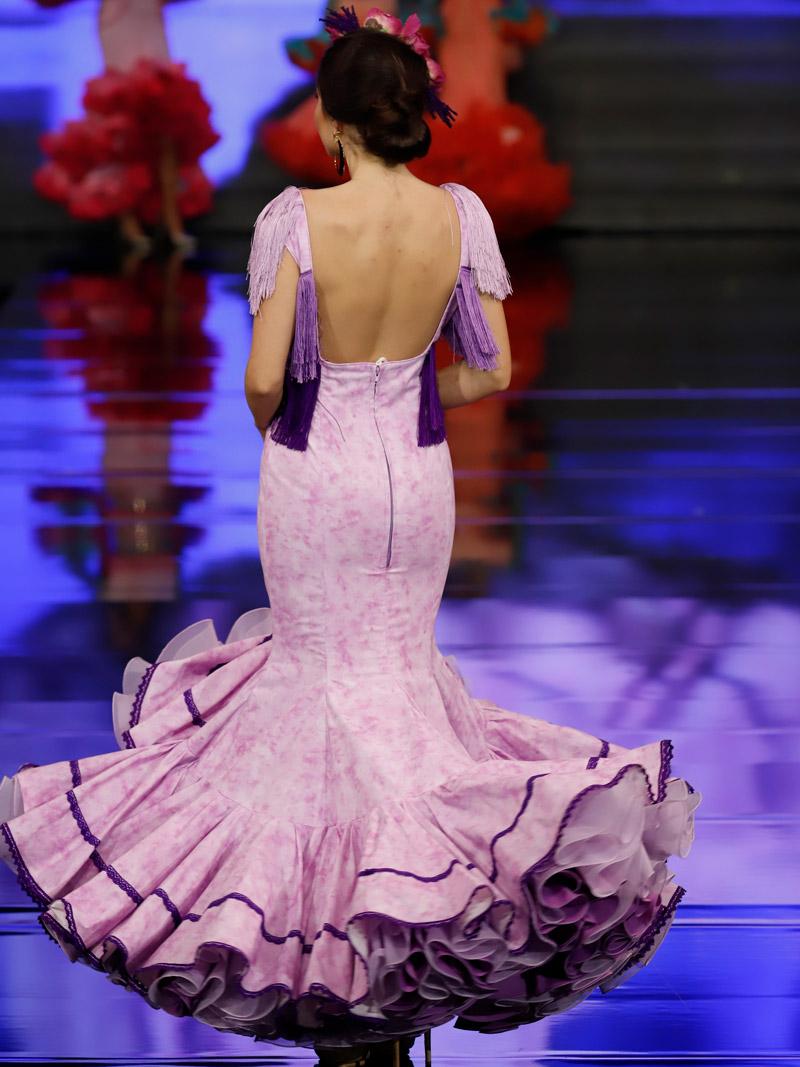 Traje de flamenca flecos morados degradado