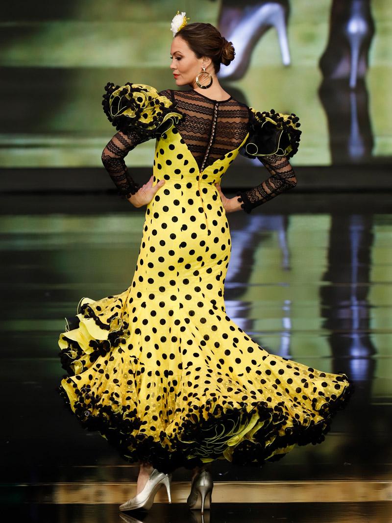 Traje de flamenca plumeti amarillo lunares negros