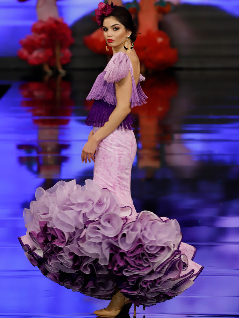 traje-de-flamenca-tonos-malva