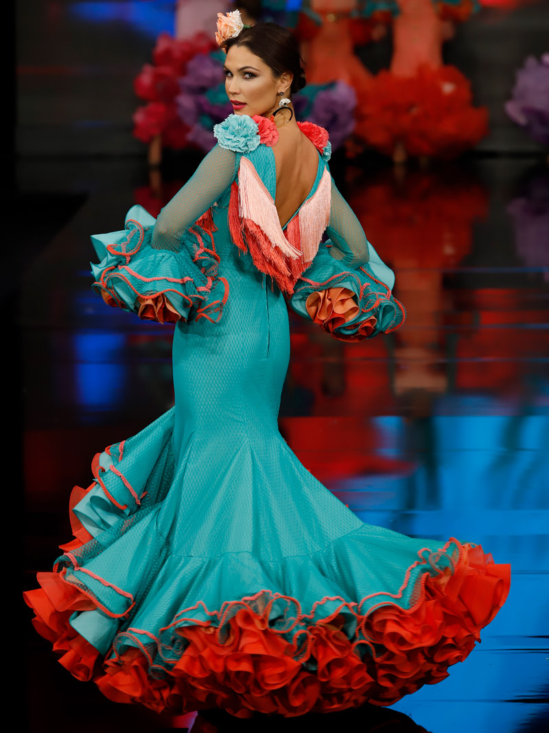traje-de-flamenca-tul-volantes-coral