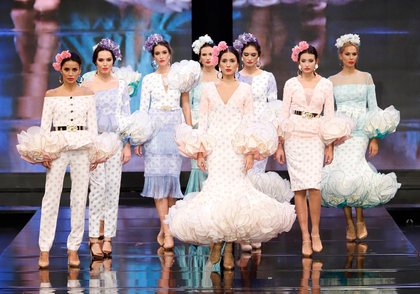 trajes-de-flamenca-de-lunares