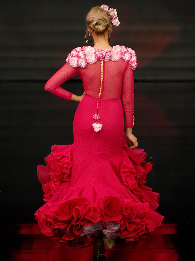 vestido-de-flamenca-fucsia-claveles-filos