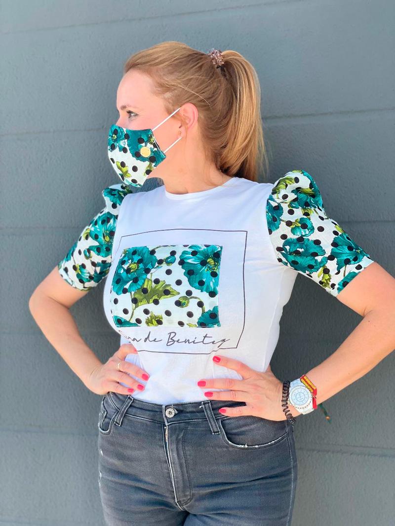 camiseta estamada flores verdes